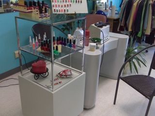 Station For Nails, manicures